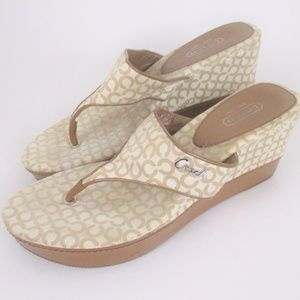 Coach 8.5 Felicia Wedge Thong Sandals Tan Ivory